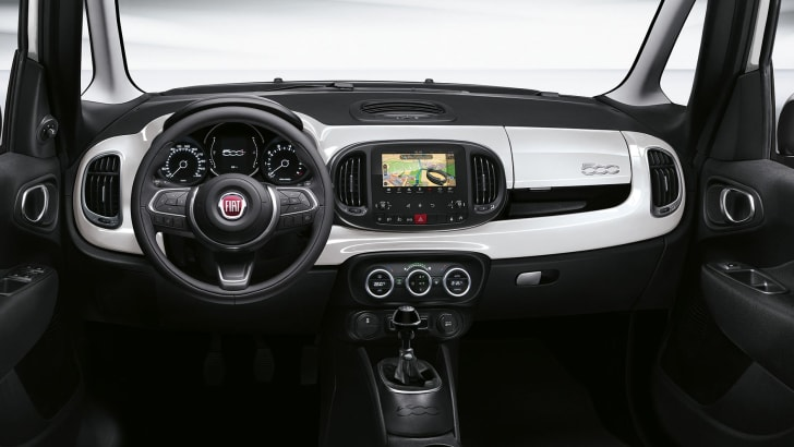 fiat-500l-facelift-interior