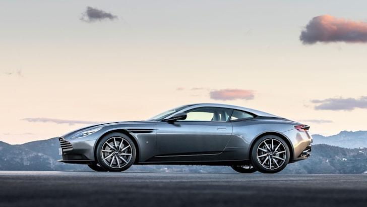 Aston-Martin-DB11_CS3