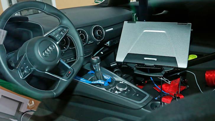audi-tt-rs-spy-11-interior