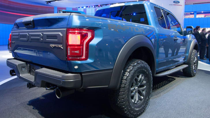 ford-f-150-raptor-rear