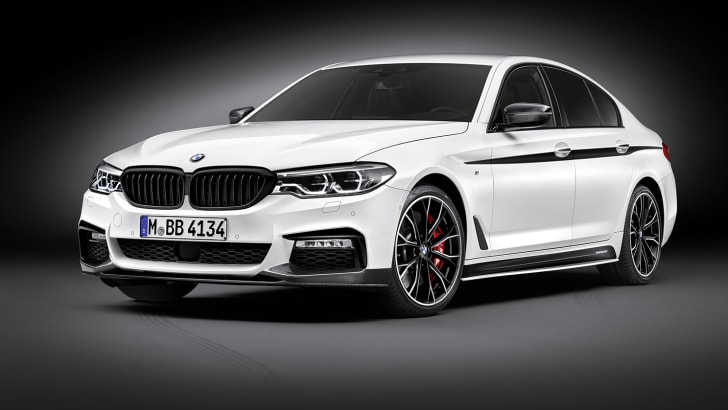 2017_bmw_5-series_m-performance-accessories_p90242673_highres_the-new-5-series-sed