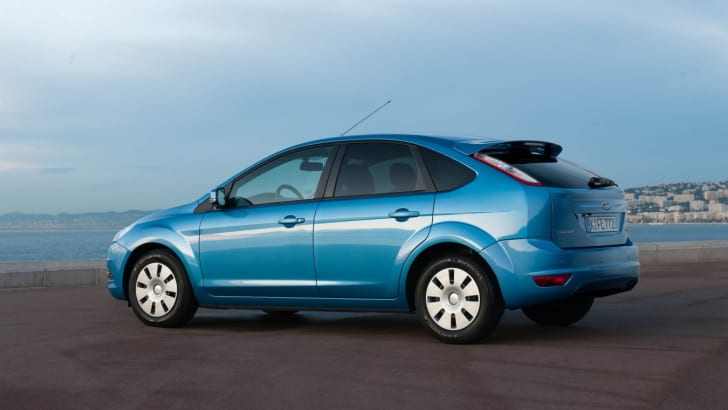 2010-ford-focus-econetic-ss-4