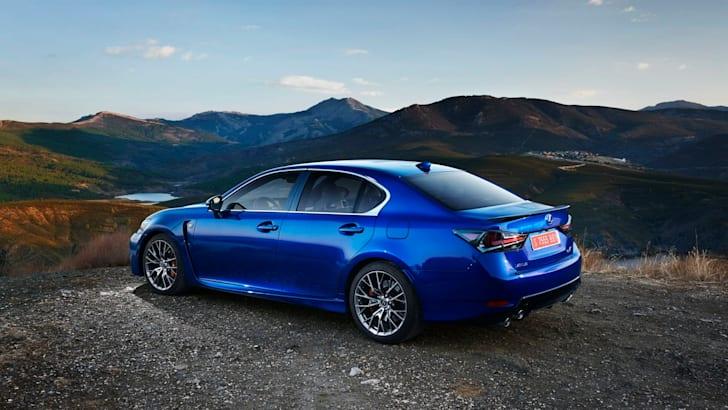 2016 Lexus GS F02