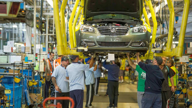 holden-commodore-production