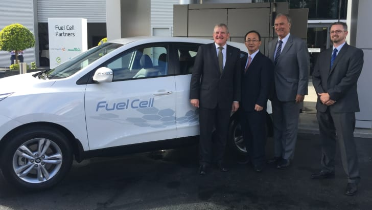Hyundai-ix35-fuel-cell-5