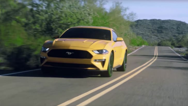 2018-ford-mustang-leaked-1