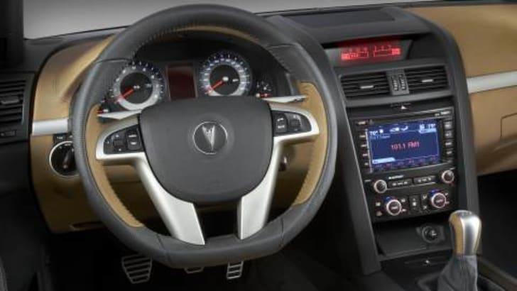 Pontiac G8 GT Interior