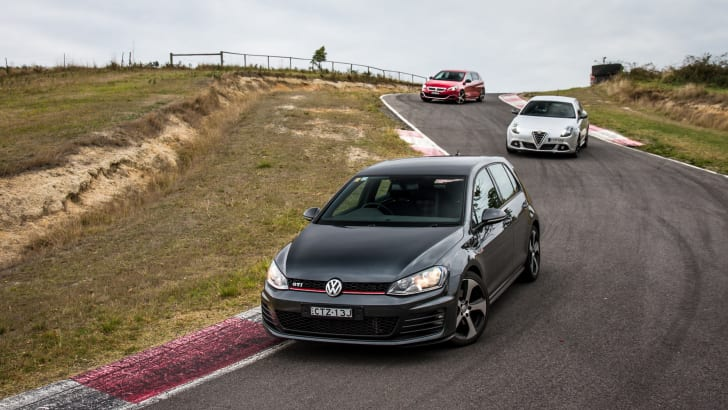 2015-hot-hatch-comparison-hauntedhills-68