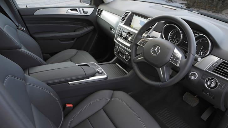 Mercedes-Benz ML250 - Interior