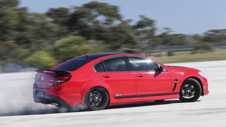 Holden-Craig-Lowndes-SS-V-Special-Edition-Commodore.-October-9-2014-115235