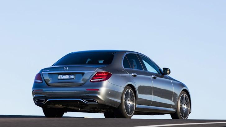 2016-Mercedes-Benz-E-Class-8