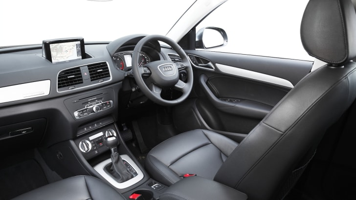 Audi Q3_09