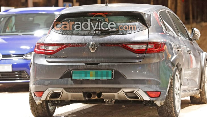 renault-megane-rs-mule-spy-4-rear