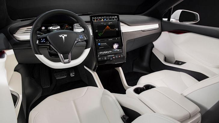 Tesla Model X - 5