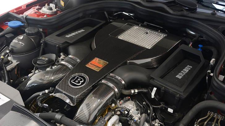 Brabus 850 6.0 Biturbo engine bay