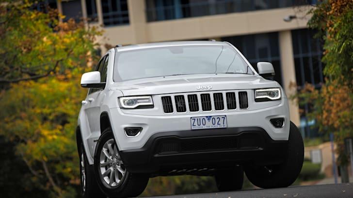 Jeep Grand Cherokee Larado front