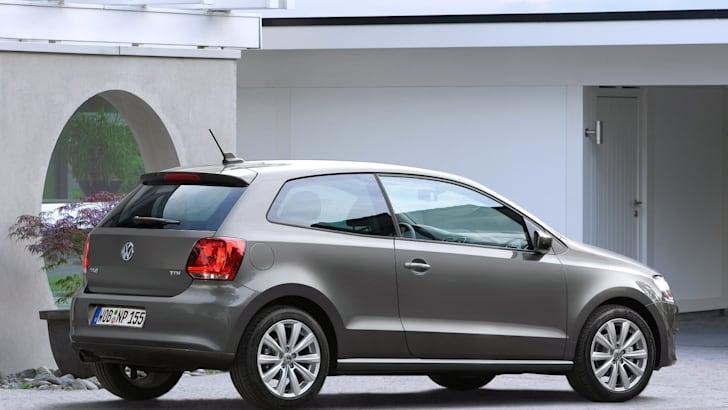 2010_Volkswagen_polo_file_005