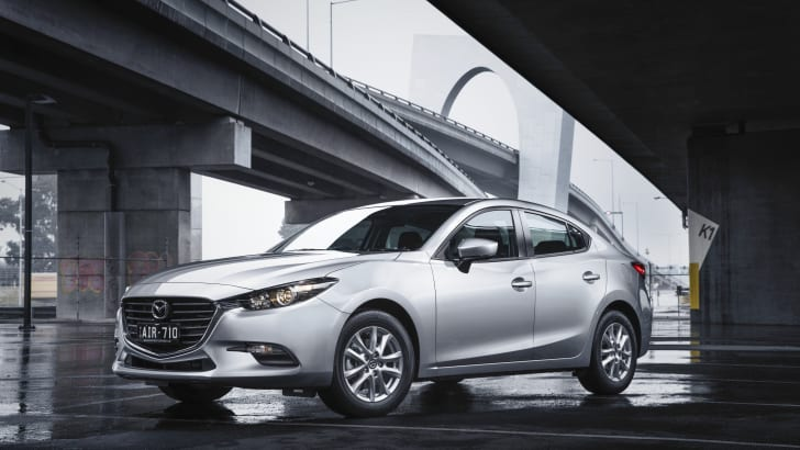 New Mazda3 Neo sedan (6)