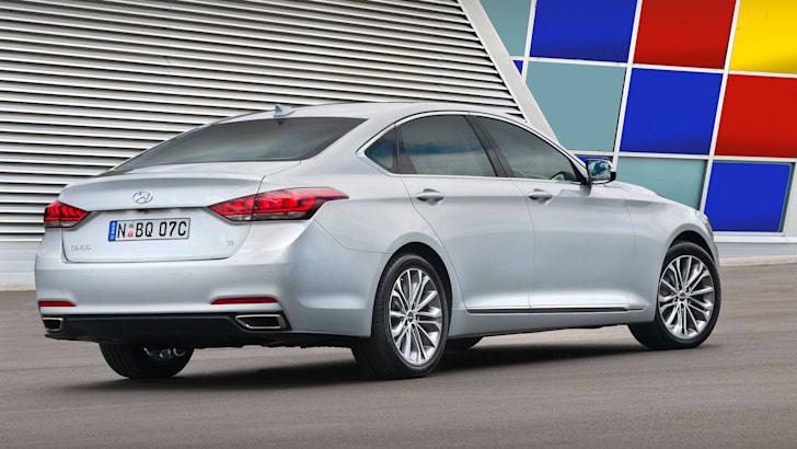 Hyundai Genesis-025