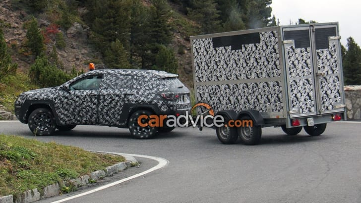 2017_jeep_compass_spy-photos_06