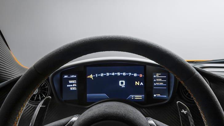 McLaren P1 Interior - 3