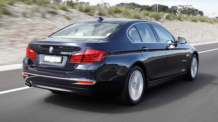 BMW 520i Sedan - 2