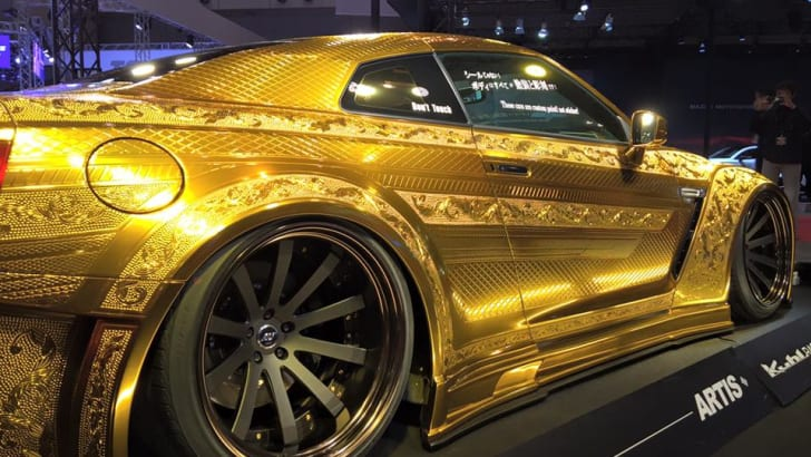 nissan-gt-r_gold-engraved_18