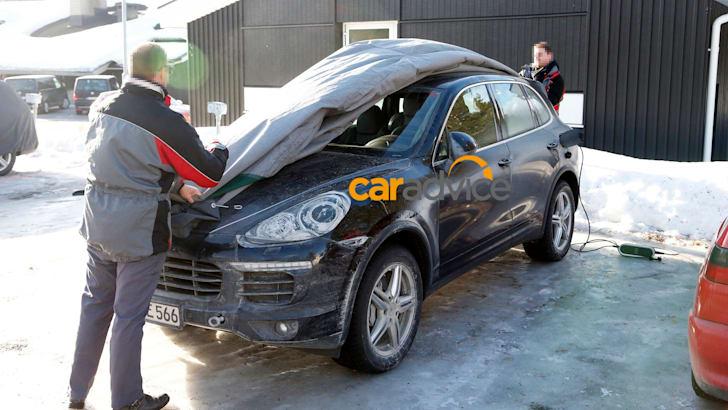 Porsche-Cayenne-Plug-In-Hybrid-1