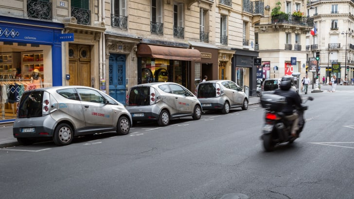 ev-car-share-paris-autolib-2015-20