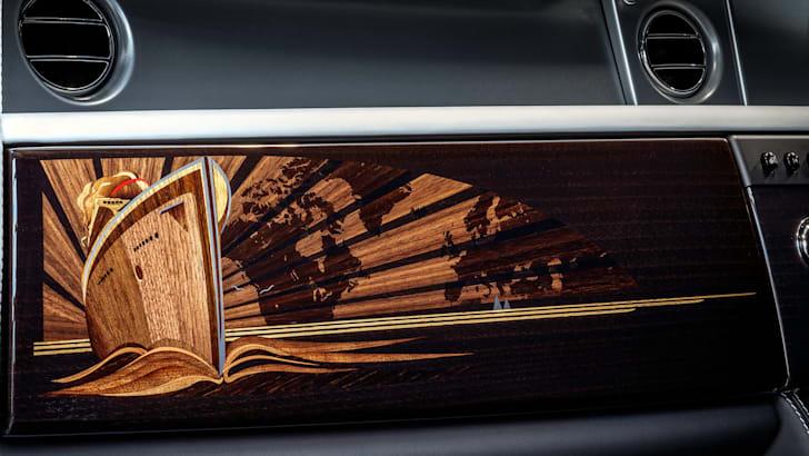 rolls-royce-phantom-final-dashboard