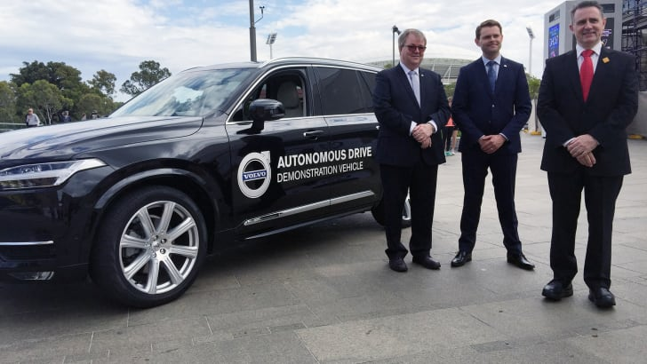 2015_volvo_xc90_australian-driverless-vehicle-initiative_01