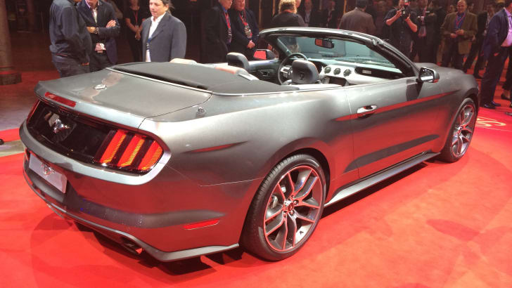 Ford Mustang convertible rear quarter
