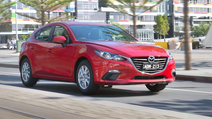 2015-Mazda-3-Neo-1