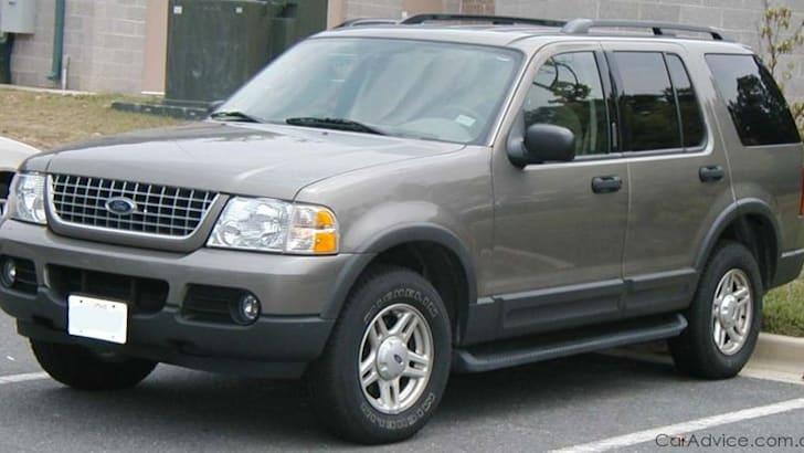 2002-ford-explorer-1
