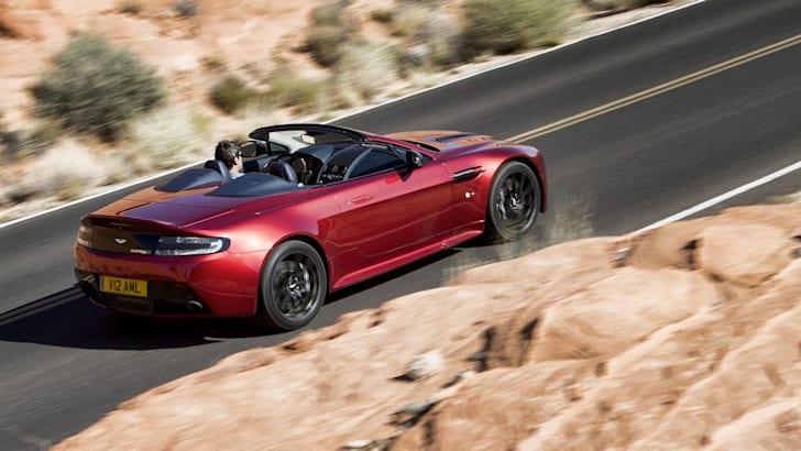 Aston Martin V12 Vantage S Roadster-4