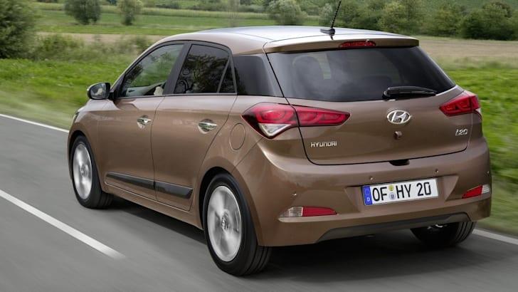 2015-Hyundai-i20-6