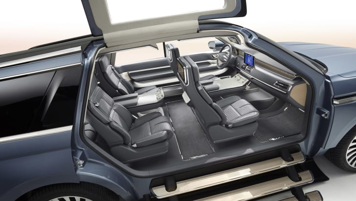 Lincoln Navigator Concept access