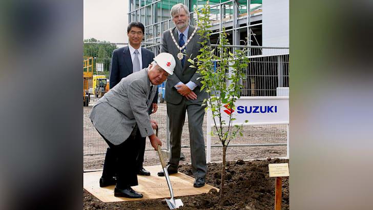 osamu-suzuki-uk-hq-2