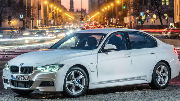 2016_bmw_330e_not-for-header
