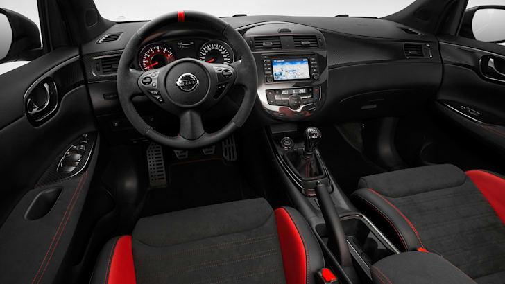 Nissan Pulsar Nismo concept - interior