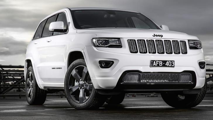 jeep-grand-cherokee-blackhawk-1