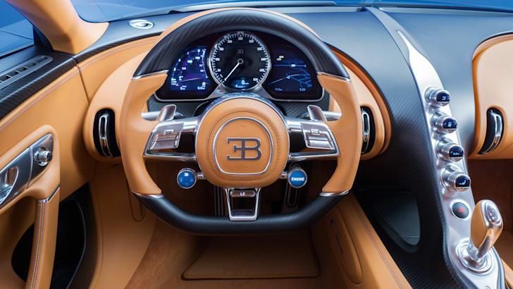 2016-bugatti-chiron-geneva-05
