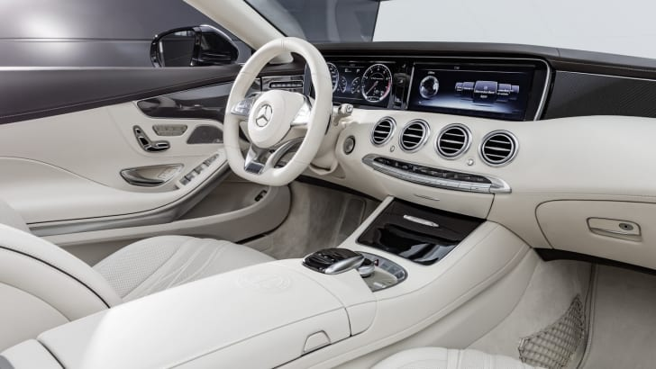 2016_mercedes-amg_s65_cabriolet_06a