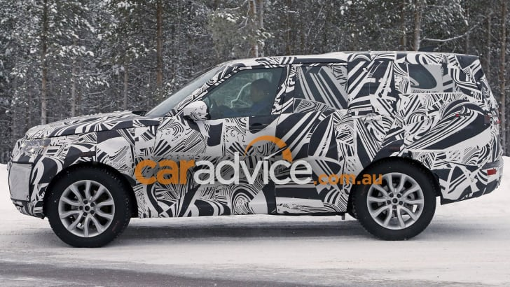 2017_land-rover_discovery_spy-photos_05