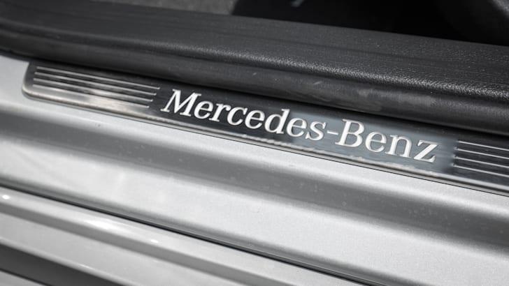 2016-mercedes-benz-A250-hatch-25