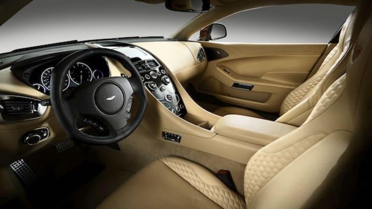 Aston Martin Vanquish - 6