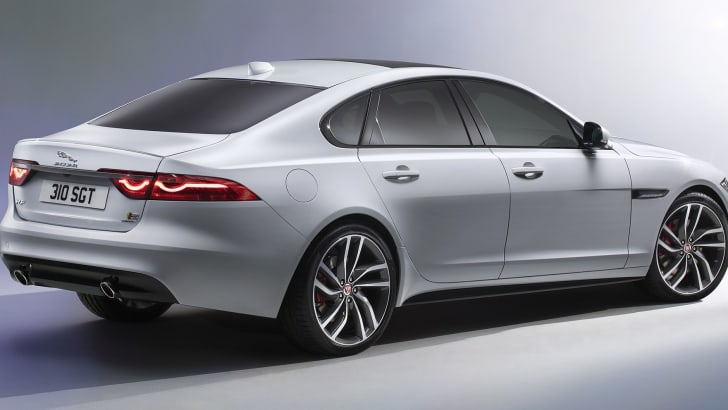 jaguar-xf-rear