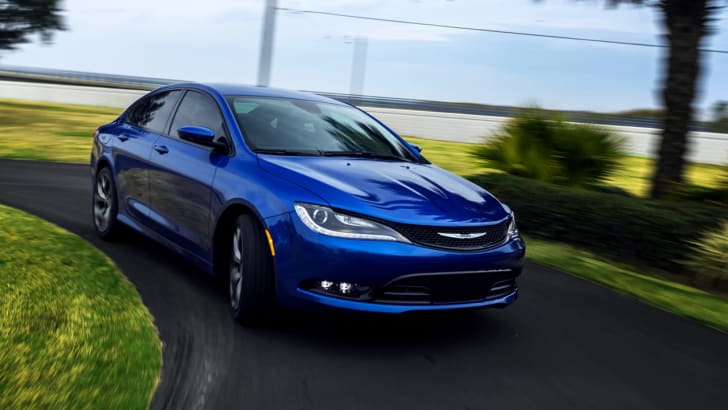 Chrysler 200 cornering