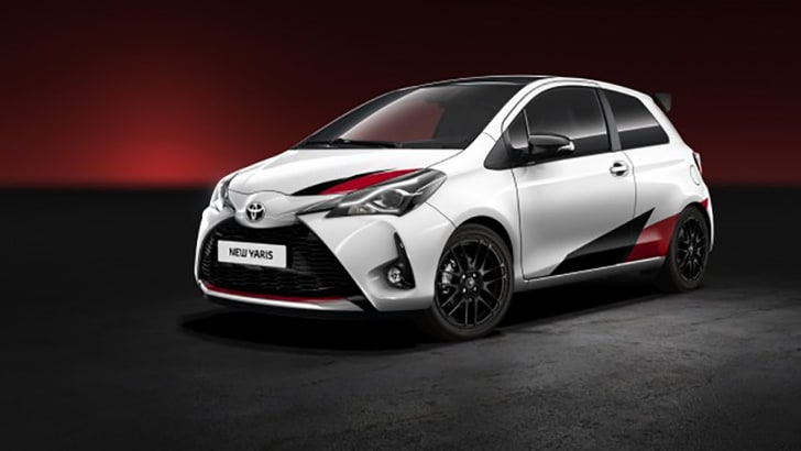 2017_toyota_yaris_hot-hatch_01
