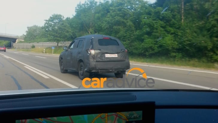 Suzuki SUV spied1